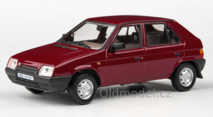 model-auticka-skoda-favorit 136L