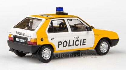 Model autíčka Škoda Favorit Policie