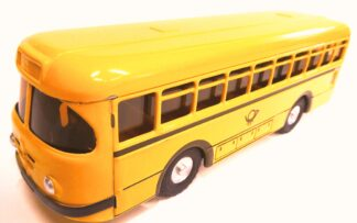 Autobus žlutý pošta