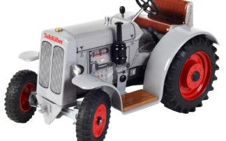 Traktor SCHLÜTER DS 25 – bez střechy