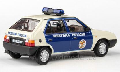 Model autíčka Škoda Favorit 136L (1988) 1:43 - Městská Policie Praha