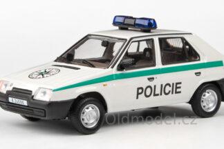 Model autíčka Škoda Favorit 136L - policie